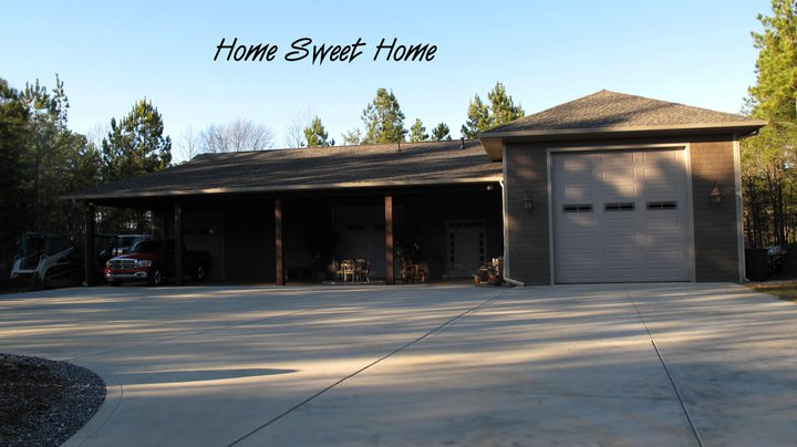 This Garage Is Sweet: I Live In A Garage
